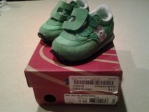 boys sz. 4 shoes (like new) in Pleasant View, Tennessee