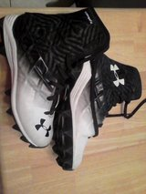Football cleats size 4 in Conroe, Texas