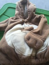 Old navy kangaroo custume size 12/24 months in Camp Lejeune, North Carolina