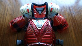 Chestprotector, THOR MicroShock (Youth 60-100 lbs), Almost new! in Travis AFB, California