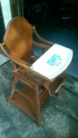 VINTAGE HIGH CHAIR / CONVERTIBLE LOW CHAIR WOOD OBO in Conroe, Texas