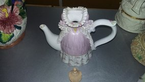 Chinese Function Art Victoria Ceramic Teapot in Vacaville, California