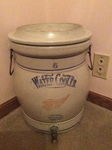 Red Wing #5 Water Cooler with lid in New Lenox, Illinois