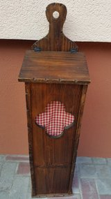 french barquet basket/stand in Ramstein, Germany