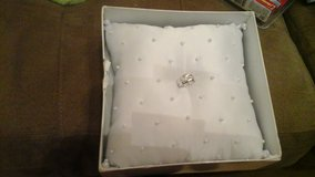 Ring bearer pillow brand new in Ramstein, Germany