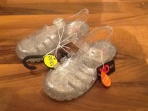 Water shoes / water sandales (clear jelly shoes) * NEW w tag * Size 32 / US 13 in Ramstein, Germany