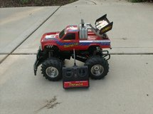 REMOTE CONTROL VEHICLE - RADIO SHACK TREMOR TRUCK in St. Charles, Illinois