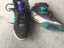 Girls air Jordan's size 13 like new in Camp Lejeune, North Carolina