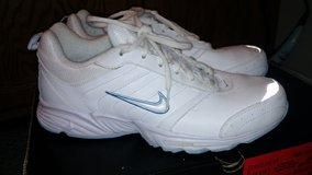 Reduced Women's Nike in Fort Campbell, Kentucky