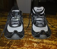 ASICS Gel Frantic 6 -  Like New - T1E07 in Camp Lejeune, North Carolina