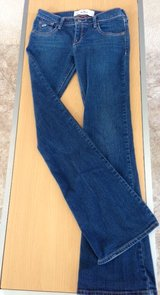 "Ladies Hollister ""Socal"" Stretch Jeans in Naperville, Illinois"