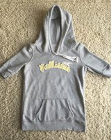 Hollister Short Sleeve Hoodie-Medium in Plainfield, Illinois
