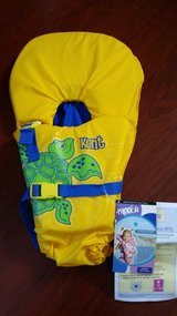 New Baby/Infant Life Vest/Jacket in Bartlett, Illinois