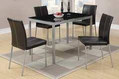 5PC DINING SET FREE DELIVERY in Huntington Beach, California