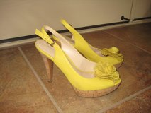 Women's Nine West Shoes Yellow Leather Size 7.5 in Alamogordo, New Mexico