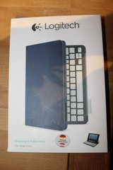 LOGITECH iPad mini keyboard case like new. in Ramstein, Germany