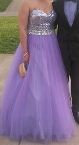 Beautiful Lavender Formal Dress in Fort Campbell, Kentucky