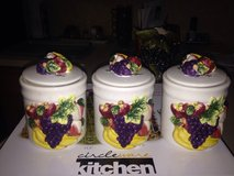 Canister set & more kitchen items. in Fort Polk, Louisiana