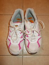 REDUCED ***Ladies AVIA Shoes***SZ 8.5 in The Woodlands, Texas