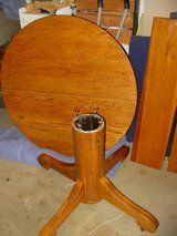 "42"" Solid Oak Table with One Leaf in Camp Pendleton, California"