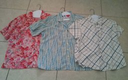 3 Short sleeve Shirts in Conroe, Texas