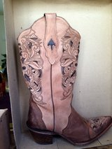 Authentic Western ladies Cowboy boots in Okinawa, Japan