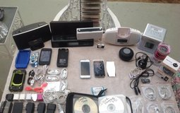 iPods, iPhones, iPod speakers in Yucca Valley, California