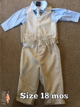 Baby Outfit 4 pieces in Fairfield, California