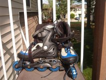 Size 6 Inline Skates in Belleville, Illinois