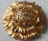 Vintage Brooch Estate Piece Look Like Sunflower Large Gold Color Monet on Back Locking Clasp Loo... in Houston, Texas