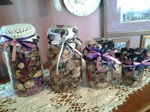 """NEW"" POTPOURRI FILLED DECORATIVE MASON JARS-DOLLAR DAYS! in St. Charles, Illinois"