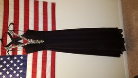 Size 8 Black Ball Gown in Camp Pendleton, California
