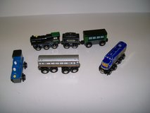 LOT OF 5 WOOD TRAINS in St. Louis, Missouri