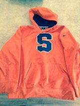 Nike therms-fit  Syracuse pullover in Fort Drum, New York