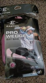 Easton PRO WEDGE Bat Bag BRAND NEW in Bolingbrook, Illinois