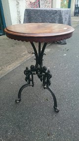 VICTORIAN PUB TABLE..RARE..FREE DELIVERY in Lakenheath, UK