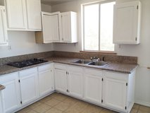 Newberry Springs 3bed3bath. ValleyCenterRd. Credit check, no eviction history in Barstow, California