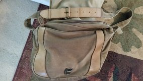 Vintage LL Bean Canvas and leather bag (unisex) in Camp Lejeune, North Carolina