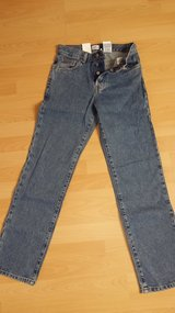 NWT Calvin Klein Jeans Juniors size 3 inseam 30 in Ramstein, Germany