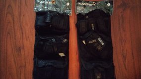 elbow & knee pads set in Spring, Texas