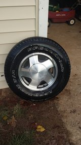 1999 Chevy tahoe wheels. in Todd County, Kentucky