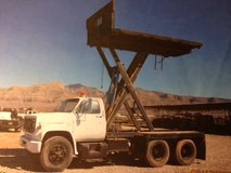 1980 GMC Scissor Lift Flat Bed Roofing Construction Truck in Alamogordo, New Mexico