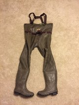 Selling Redhead Bone-Dry chest waders- size 7 in Fort Leonard Wood, Missouri