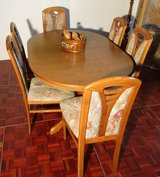 Solid Oak Diningroom Set ExtendableTable and 6 Chairs in Ramstein, Germany
