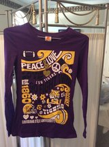 ***Ladies Peace & Love LSU L/S Shirt***SZ Medium in Katy, Texas