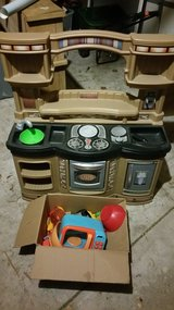 Kids Kitchen Set in Joliet, Illinois