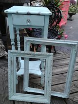 Shabby chic frame in Westmont, Illinois