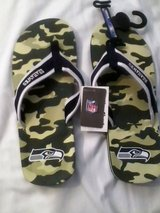 *** SEATTLE SEAHAWKS Camo Flip Flops (Men's Large)*** NEW with TAGS in Fort Lewis, Washington