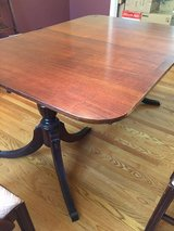Duncan Phyfe Dining Room Table in Bolingbrook, Illinois