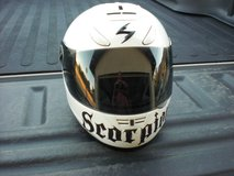 Full face motorcycle helmet size large in 29 Palms, California